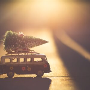 Celebrating the Christmas in an RV: Tips from Full Time RV Families