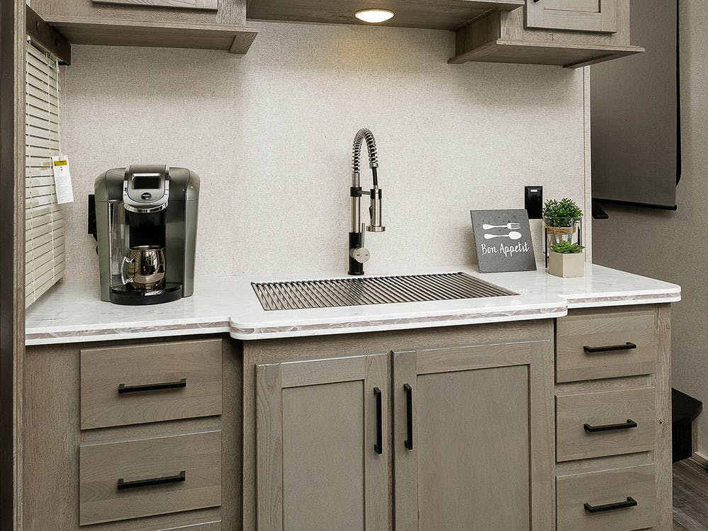 Front Kitchen Fifth Wheel