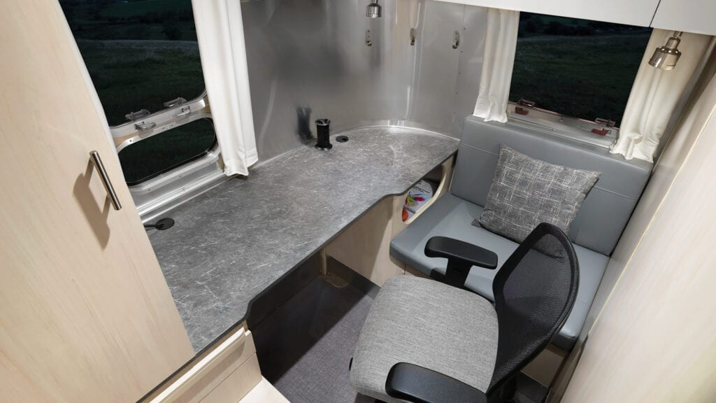 RVs with Office Space