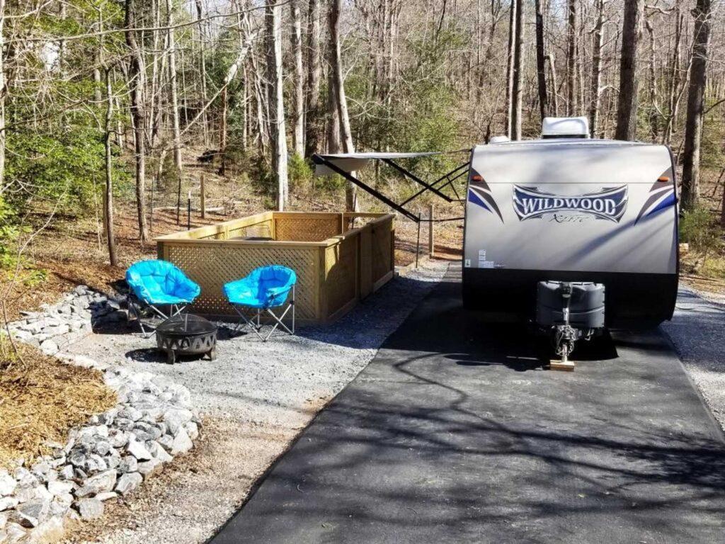 Dog friendly RV campsite