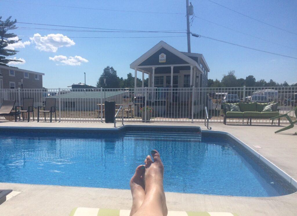 Swan Bay Resort Pool and Rental Cottage
