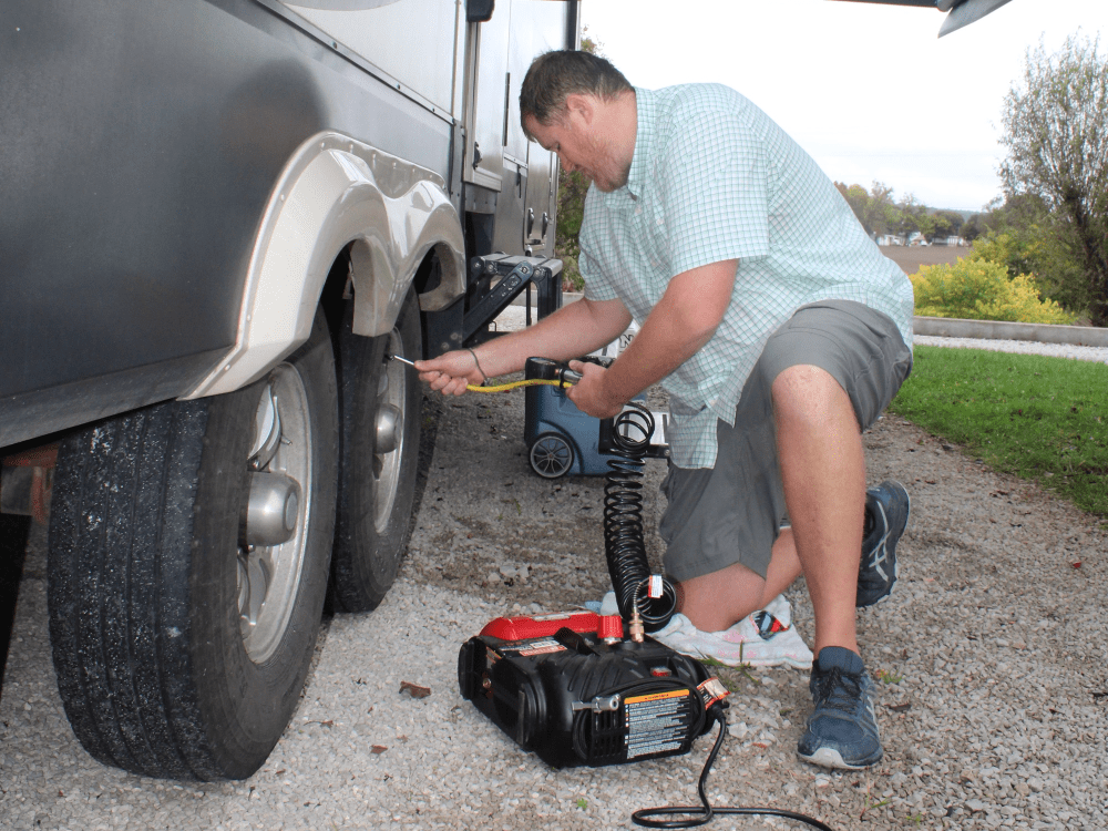 Airing up RV tires