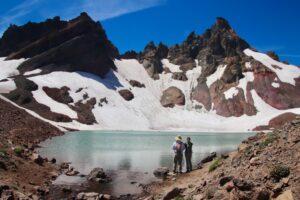 Best Dog Friendly Hikes in Oregon: No Name Lake