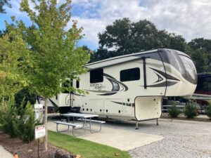 Best RV for a Family of 4: Fifth Wheel with Bunkroom